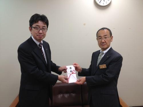 宮城県保険福祉部正木次長(右)と本プロジェクト石井代表